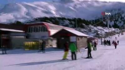kopek -  Kangalın kayak pistinde drone ile imtihanı