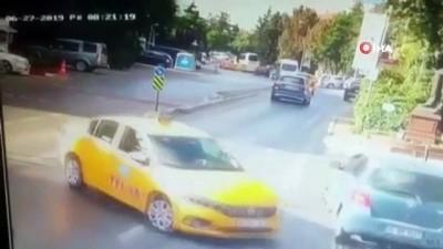 motosiklet surucusu -  Ulus'ta yürekleri ağza getiren kaza kamerada