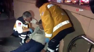 Ceketini yürüyen merdivene kaptırıp düştü, yerinden kaldırabilmek için herkes seferber oldu