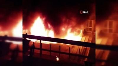 İzmir'de kafede alev alev yangın korkuttu: 5 kişi dumandan etkilendi
