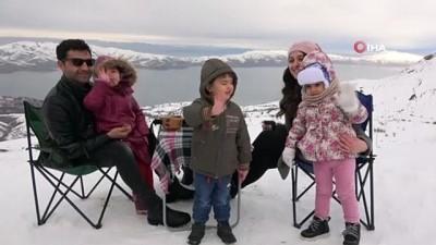 kis turizmi -  Kar özlemi çeken vatandaşlar kayak merkezine akın etti