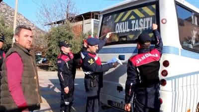 Alaşehir'de öğrenci servislerine denetleme