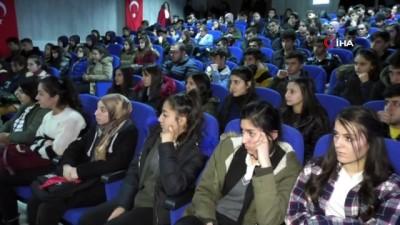 ÖNDER'den üniversite öğrencilerine kitap desteği