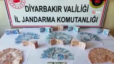 Üzerinde 50 bin 550 liralık sahte banknotlarla yakalandı