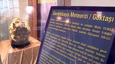 Türkiye'nin 3'cü büyük göktaşı Çorum Müzesi'nde sergilenmeye başladı