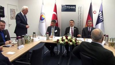 - Bakan Pakdemirli, Berlin'de Türk İşadamlarıyla Bir Araya Geldi