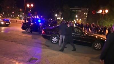 baskent -  - Libya'nın darbeci generali Hafter, gece yarısı Atina'ya geldi
