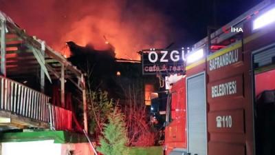 nadan -  Safranbolu'da 2 katlı kafe çıkan yangında kül oldu