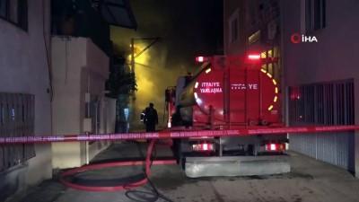 Bursa'da 2 katlı ev alev alev böyle yandı