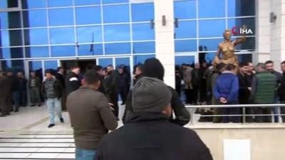 alabalik -  Silifke Belediye Başkanı Mücahit Aktan'ın yargılanmasına başlandı
