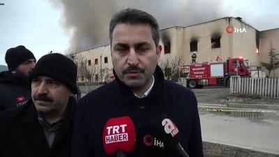 22 iş yerinin zarar gördüğü Yazmacılar Sitesindeki yangın kontrol altına alındı