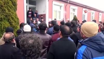 Sorgun'da işten çıkartılan 135 maden işçisi eylem yaptı