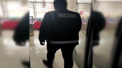 polis -  Adana'da 418 kaçak cep telefonu ele geçirildi