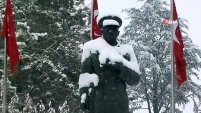 Çorum güne karla uyandı vatandaşların yüzü güldü