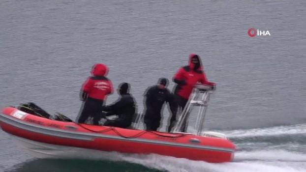 ozel harekat polisleri -  Gülistan'ın bulmak için 3 ROV cihazı ve 150 kişilik ekiple arama çalışması yapılıyor Haberi