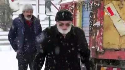 Yozgat'ta beklenen kar yağışı geldi