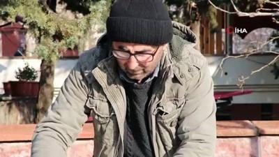 İş kazası mağduru adam, çocuklarının eğitimi için yumurta, tereyağı satıyor İzle