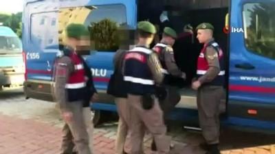 İstanbul'da FETÖ operasyonu: 13 gözaltı İzle