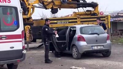 Kontrolden çıkan araç park halindeki vince çarptı: 1 ölü