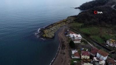 Şaşırtan 'Timsah Adası' havadan görüntülendi