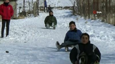 ogretmen -  Çocuklar, sömestr tatilini kayarak geçiriyor