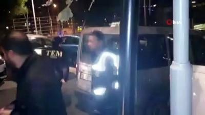 FETÖ'nün beyin takımlarından Bekmezci tutuklandı