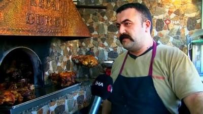 Turistler bu kebabı tatmadan Denizli'den ayrılmıyor