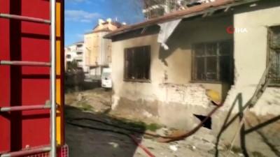 yangina mudahale -  Aksaray'da müstakil evde yangın