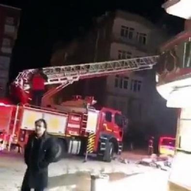 Elazığ'da bazı binalar yıkıldı!