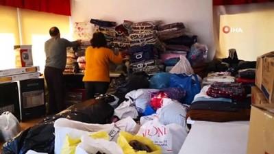Depremzedelerin bizden daha çok ihtiyacı var diye üzerindeki montu bağışladı