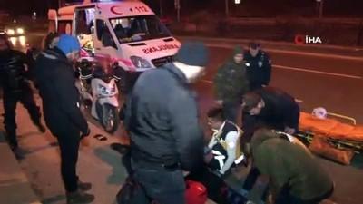 bild -  Otomobil bir anda önüne çıkan motosiklete çarptı: 2 kişi yaralandı