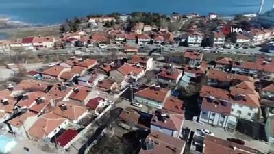 Sivrice'de vatandaşların çadırını Mehmetçik kurdu