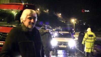 Tır kaydı, Borçka-Hopa karayolu trafiğe kapandı