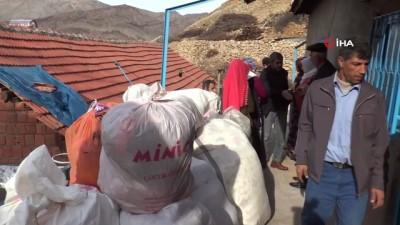 Adıyaman'da deprem sonrası dev çatlaklar