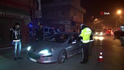 Polislerden terör uygulaması