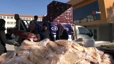 cakal -  Akçakale'de ihtiyaç sahiplerine 6 bin ekmek dağıtıldı