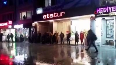 İstanbul'da sağanak yağış hayatı olumsuz etkiliyor