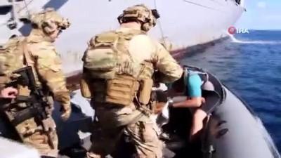 multeci -  Orta Akdeniz'de görevde olan Gaziantep fırkateyni 30 mülteciyi böyle yakaladı