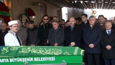 Bakan Soylu, Sakarya'da cenaze namazına katıldı