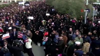 protesto -  - İranlılar General Süleymani'nin intikamı için meydanlara indi