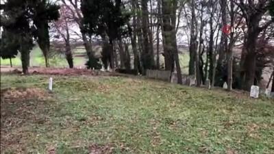Mezarlık içindeki şadırvanın musluklarını çaldılar