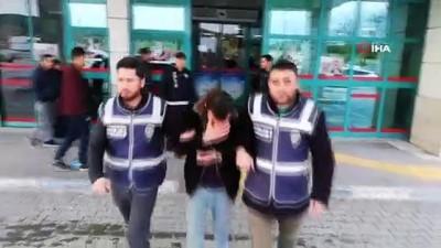 Hasta yakınlarının çantalarını çalan hırsız yakalandı