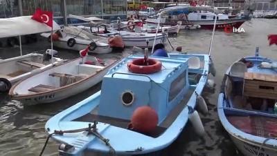Fırtına nedeniyle balıkçı tekneleri kıyıdan ayrılamıyor