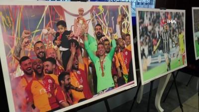 Kadın foto muhabiri futbol maçlarında çektiği fotoğraflarla sergi açtı