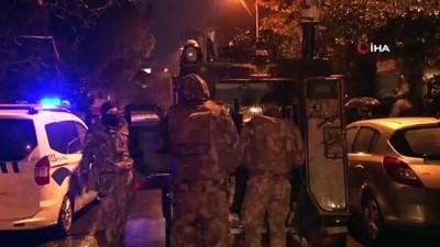ozel harekat polisleri -  Kadıköy'de hırsızlık şüphelileri polise ateş açtı: 1 polis yaralı
