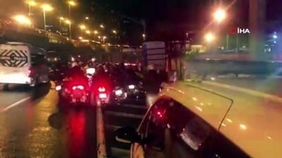 motosiklet surucusu -  Motosiklet sürücülerine şiddetli fırtına engeli