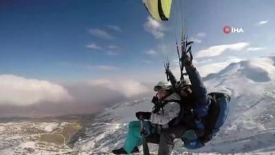 Paraşütçü baba ile kızın gökyüzü tutkusu