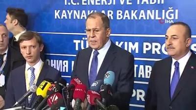 """Rusya Dışişleri Bakanı Lavrov: """"Koşulsuz ateşkesin Cumartesi'yi Pazar'a bağlayan 00.00'da uygulanması için çağrı yapılmıştır"""""""