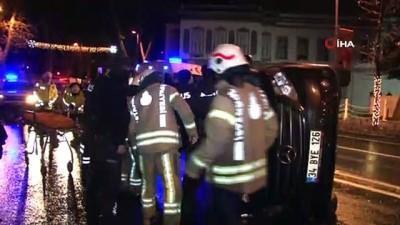Dolmabahçe'de panelvan araç devrildi: 1 yaralı