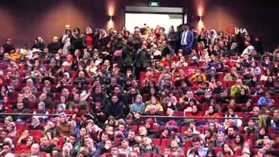 edebiyat -  Hayati İnanç'ı görmek isteyen Gaziantepliler salona sığmadı